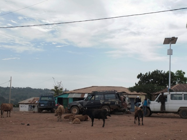 Land Cruiser-Mali Ville_DSF1345 copy